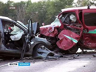 227 человек погибли на дорогах региона за полгода