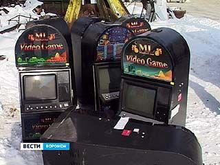 26 игровых автоматов были уничтожены милиционерами по решению суда