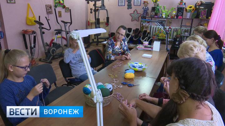 Творческая реабилитация. Под Воронежем открыли инклюзивную мастерскую