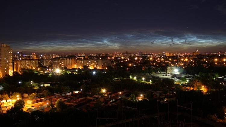 Астроном объяснил необычное свечение в небе над Воронежем