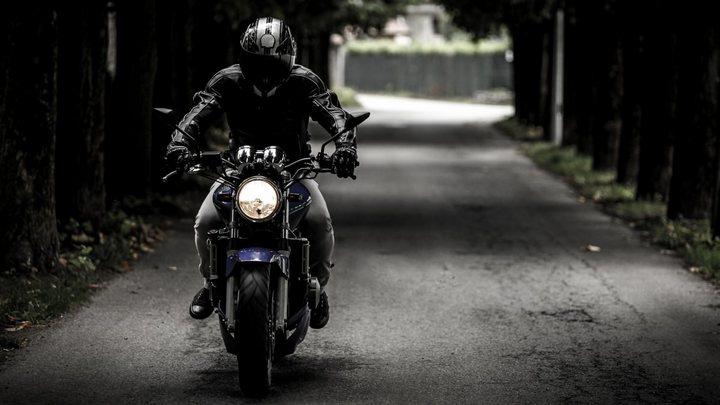 ГИБДД объявила в розыск байкера, переехавшего женщину в центре Воронежа