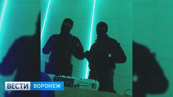 Полиция и ОМОН нагрянули в воронежские ночные клубы с проверками