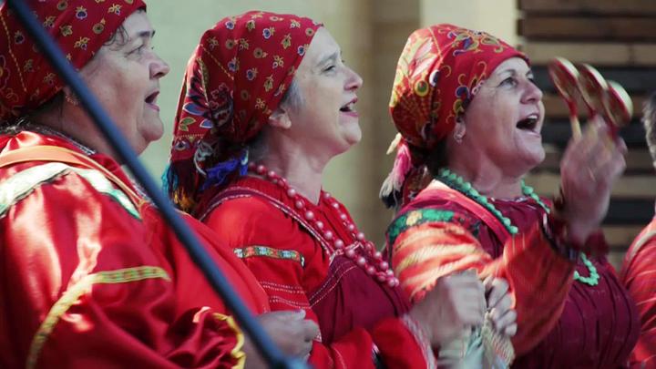Артисты Бобровского района покорили воронежцев своим выступлением