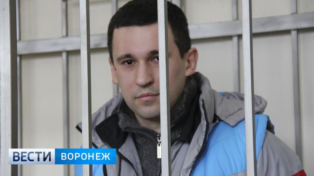 «Виновник стоял и смотрел». Родные погибшей в Воронеже мамы с малышом рассказали суду о ДТП