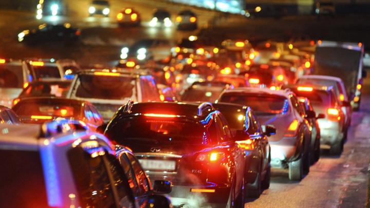 Мобильный оператор отметил рост трафика в воронежских пробках