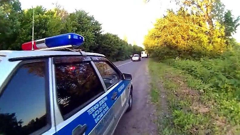 Под Воронежем подростки на мопеде влетели под внедорожник: один из них погиб