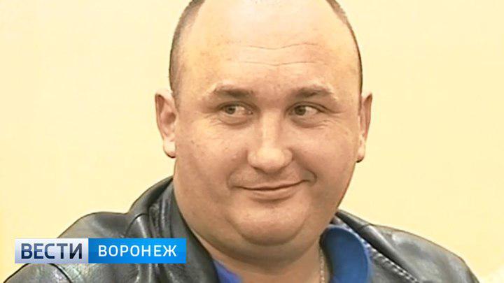 Облсуд снизил срок в колонии инспектору ДПС, избившему водителей в центре Воронежа