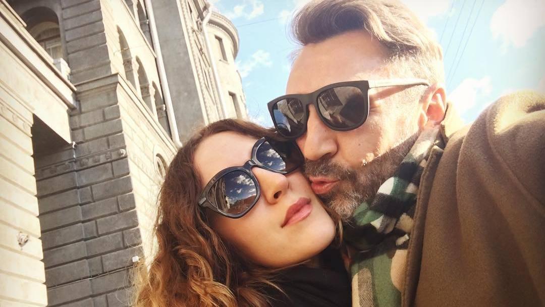 Сергей Шнуров сообщил о разводе с воронежской женой