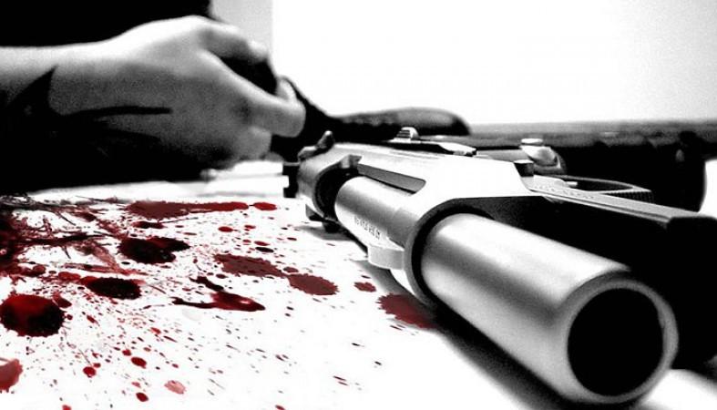 Следователи: рядом с телом мужчины, найденным в воронежском ночном клубе, лежал пистолет
