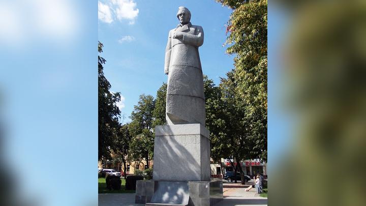 В Воронеже памятник поэту Алексею Кольцову уберут с Советской площади
