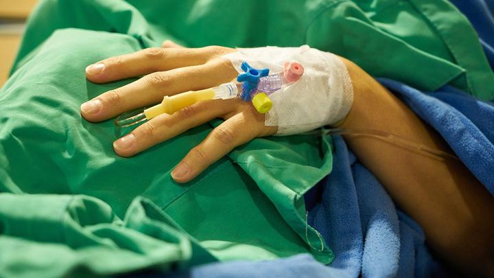 Воронежские врачи рассказали о состоянии девушек, пострадавших от игромана с ножом