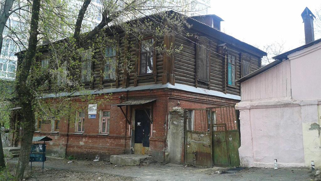 Методы из 90-х. Жильцов исторического квартала в Воронеже пытаются насильно расселить