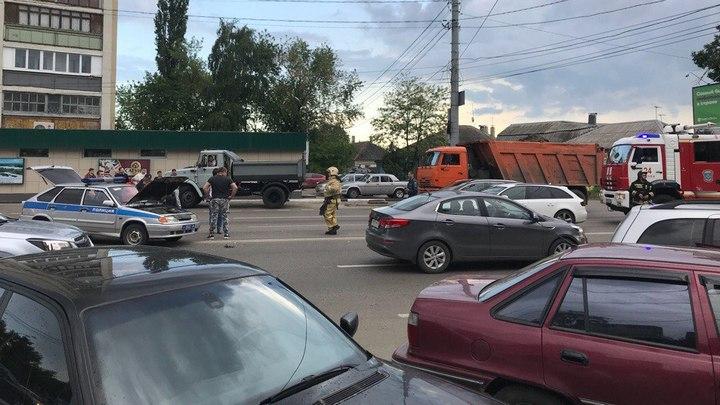 В Воронеже водитель экипажа Росгвардии попал больницу после ДТП