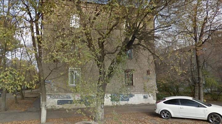 В Воронеже две девочки 2 и 5 лет выпали из окна трёхэтажки