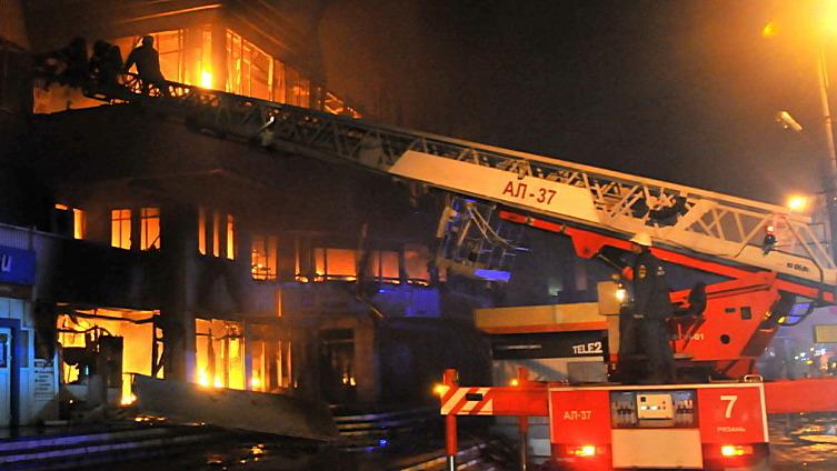 Десять шагов к спасению. Как действовать при пожарах в торговых центрах