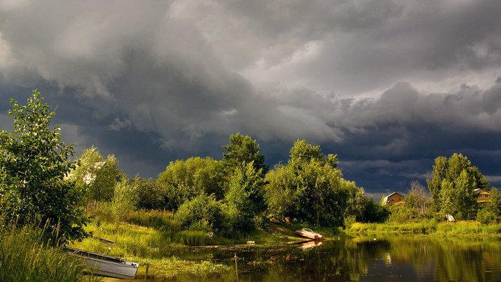 Синоптики рассказали, ждать ли дожди с грозами на выходных в Воронежской области