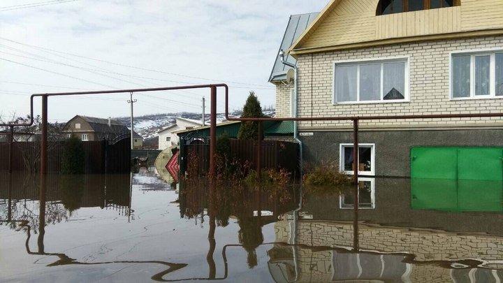 Пострадавшим от паводка жителям Калачеевского района выплатят компенсацию