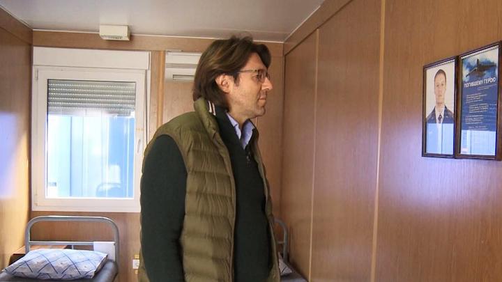 Андрей Малахов снял в Сирии спецрепортаж о погибшем воронежском лётчике