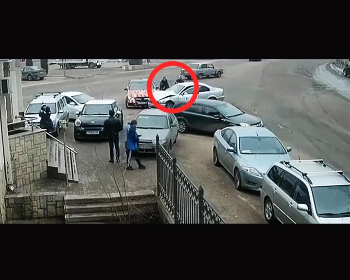 В сети появилось видео с воронежскими автомобилистами, устроившими потасовку после ДТП