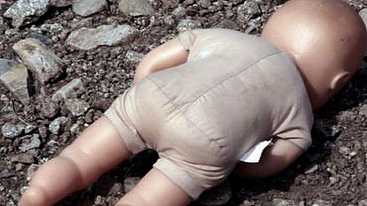 Новорождённого мальчика в Воронежском водохранилище случайно заметили прохожие