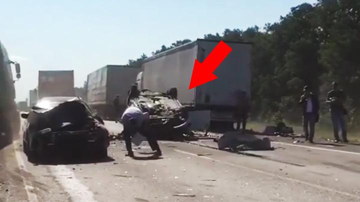Последствия массового ДТП  с пострадавшими на воронежской трассе попали на видео