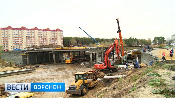Движение у строящейся развязки на 9 Января в Воронеже снова изменится