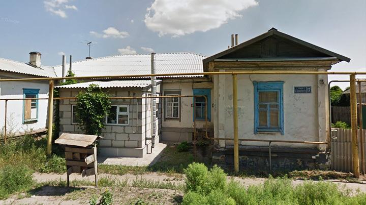 В Воронежской области семьи с детьми вынуждены жить в ветхом 100-летнем доме