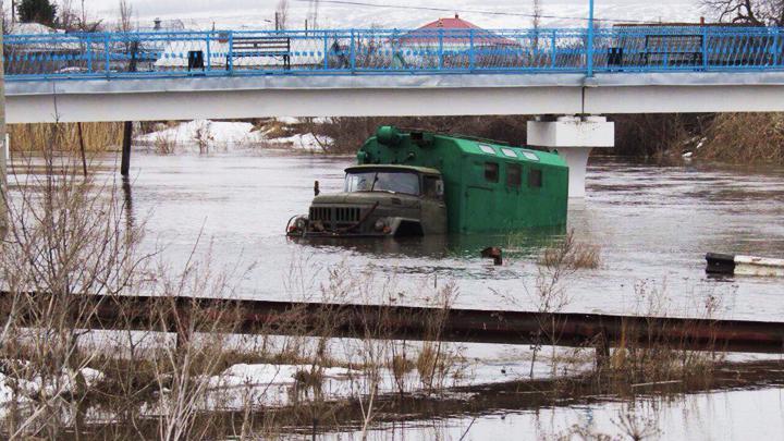 В терпящем бедствие районе Воронежской области затопило 90 домов и 400 дворов