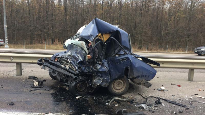 Страшное ДТП на границе с Воронежской областью: двое погибли и пятеро пострадали