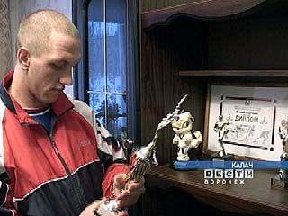 Александр Калмыков  готовится к чемпионату страны по тхэквондо