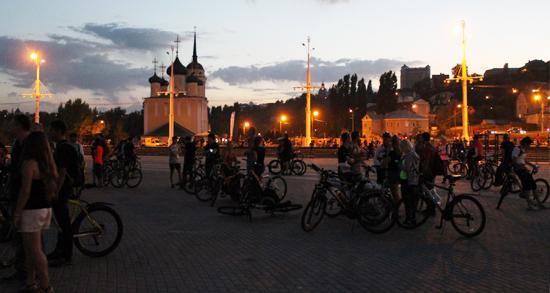 Организаторы назвали новую дату проведения восьмой Велоночи в Воронеже