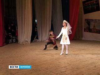 Армянская община отметила двойной юбилей