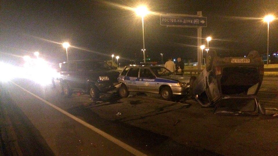 Под Воронежем «УАЗ» врезался в машину ГИБДД: пострадали трое сотрудников