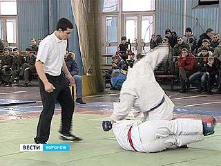 Чемпионат ВВС по армейскому рукопашному бою стартовал в Воронеже