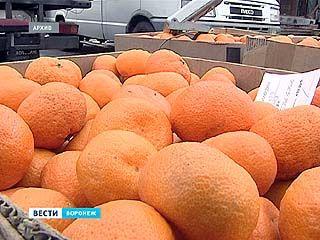 Чуть ли не все гипермаркеты Воронежа оштрафованы за мандарины