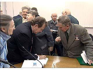 Депутат Александр Сысоев встретился с ветеранами