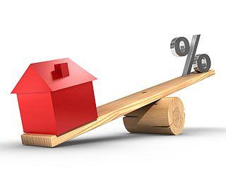 Депутаты хотят запретить изымать жильё за долги по валютной ипотеке