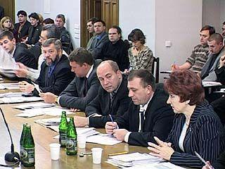 "Депутаты облдумы приняли закон ""О бюджете на 2005 год"""