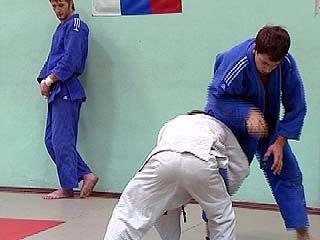 Дмитрий Насонов завоевал бронзовую медаль на чемпионате по самбо