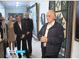 До конца сентября в Воронеже будет работать выставка Вячеслава Назарука