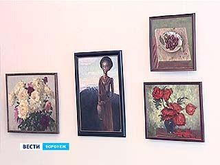 """Ежегодный """"Летний вернисаж"""" открылся в выставочном зале на Кирова"""