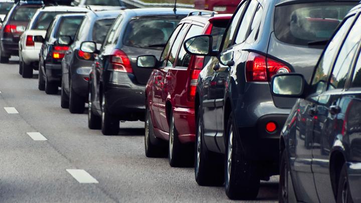 Прокуратура потребовала от властей Воронежа разобраться с пробками на улице Шишкова