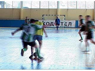 Финишировал турнир профсоюзов по мини-футболу