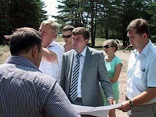 Глава города Сергей Колиух инспектировал парки и скверы Воронежа