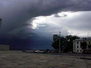 ГО и ЧС прогнозирует на 17 июня ливни и бурю