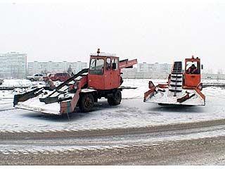 Городские службы готовят уборочную технику к зиме