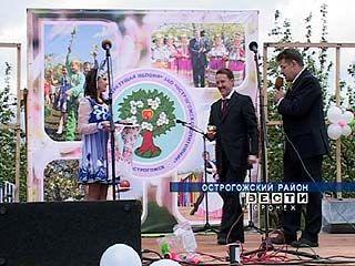 Губернатор Алексей Гордеев побывал в Острогожском районе
