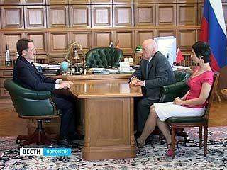 Губернатор Алексей Гордеев встретился с ведущим кардиохирургом страны