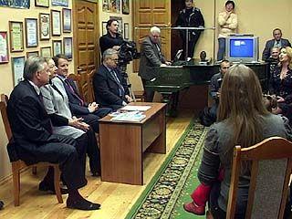 """Губернатор области встретился с """"Воронежскими девчатами"""""""