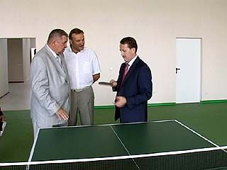 Губернатор проверил готовность нового корпуса Института физкультуры